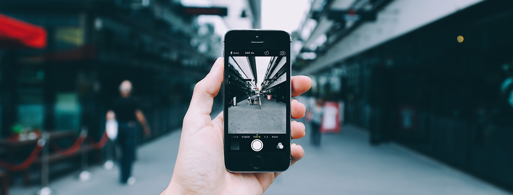 How Augmented Reality Could Reshape Customer Experience In eCommerce?